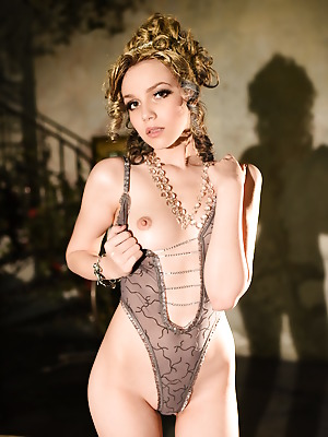 Showy Beauty  Lily  Softcore, Erotic, Solo